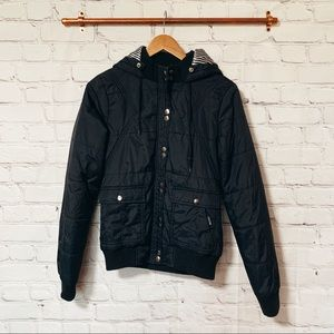 Volcom black puffer snow jacket